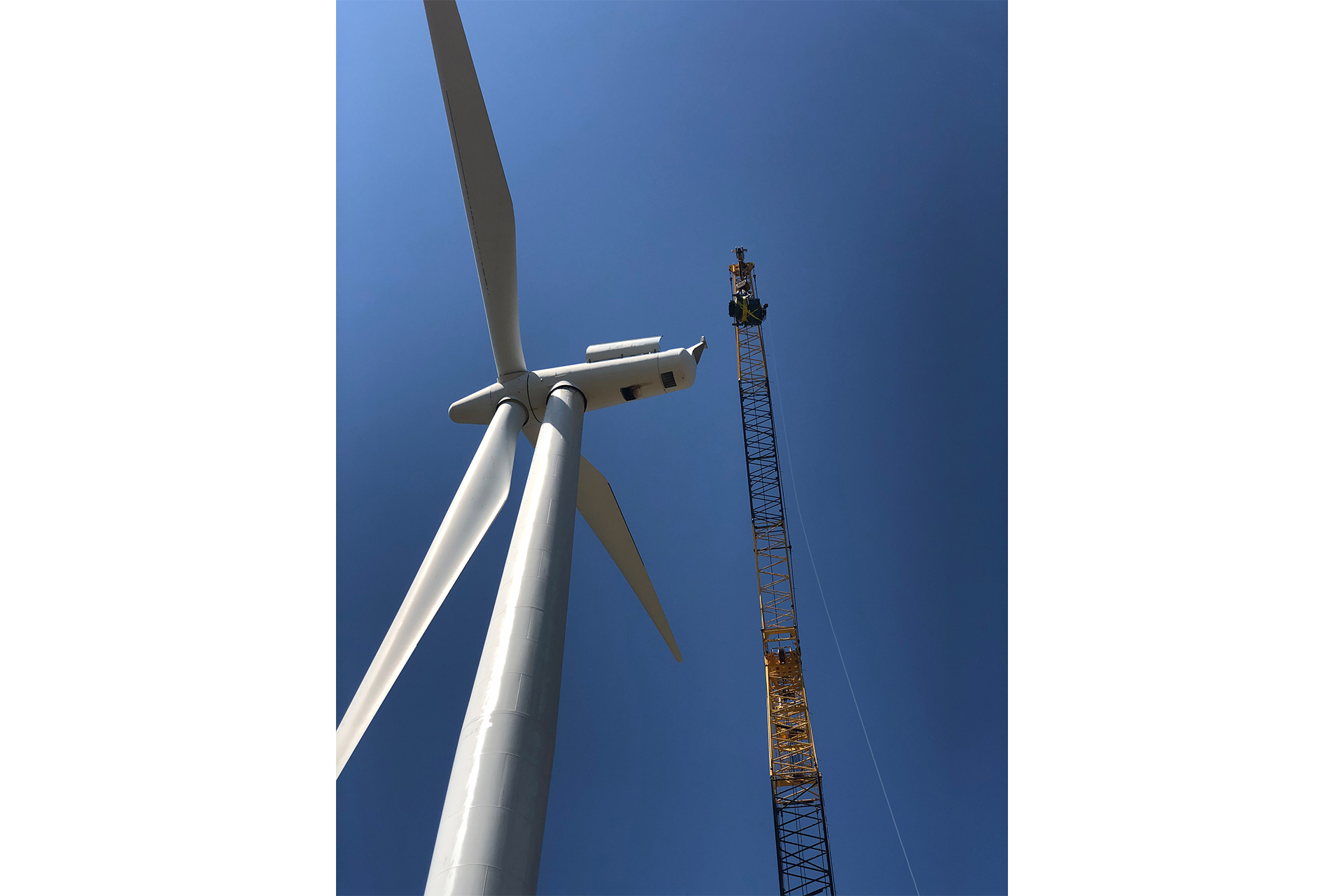 Deutsche Windtechnik completes first job for AES on Siemens 2.3 in Merkel, Texas